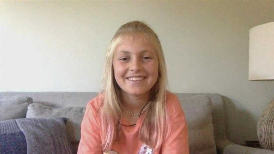 Con mariposas, así denuncia una niña de 10 años las separación de familias