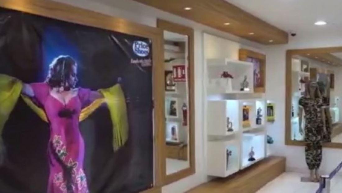 Exponen joyas y ropa de Jenni Rivera en museo de México
