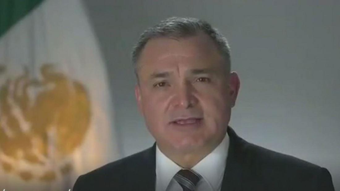 Genaro García Luna, acusado de aceptar sobornos de carteles mexicanos, podría negociar con las autoridades estadounidenses