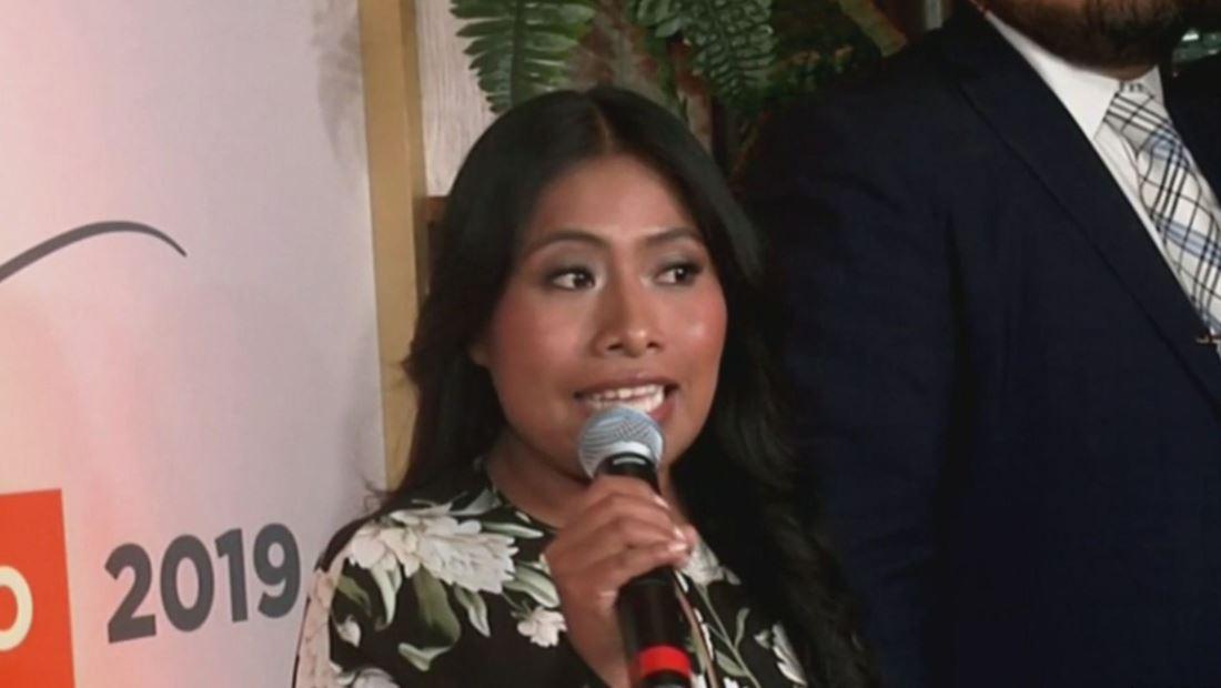 Filtran foto de Yalitza Aparicio besándose con nuevo galán (VIDEO)