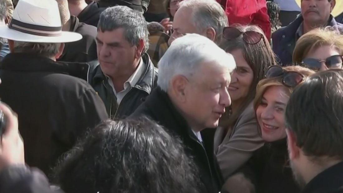 AMLO promete que habrá justicia para la familia LeBarón tras reunión con familiares de las víctimas