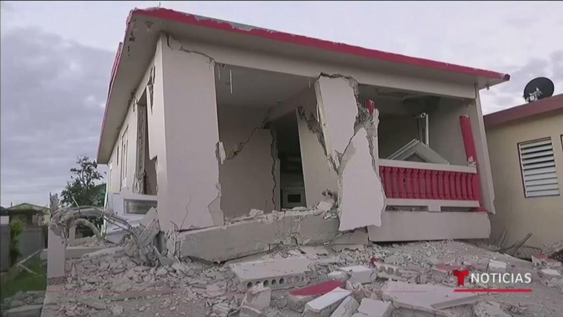 Muerte, derrumbes y pánico: Violento terremoto de 6.4 sacude a Puerto Rico y deja al país sin luz
