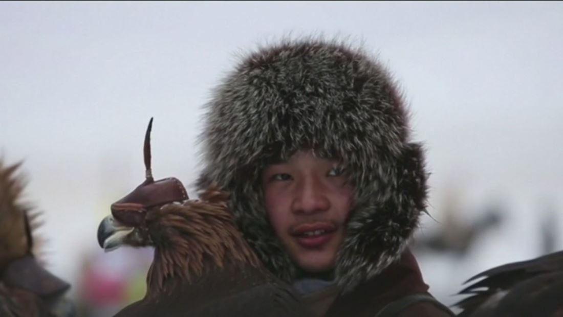 Kazajistán reúne a sus mejores halconeros para rescatar una tradición milenaria