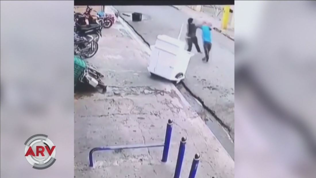 Hombre enfurecido mata a otro de un puñetazo en plena calle