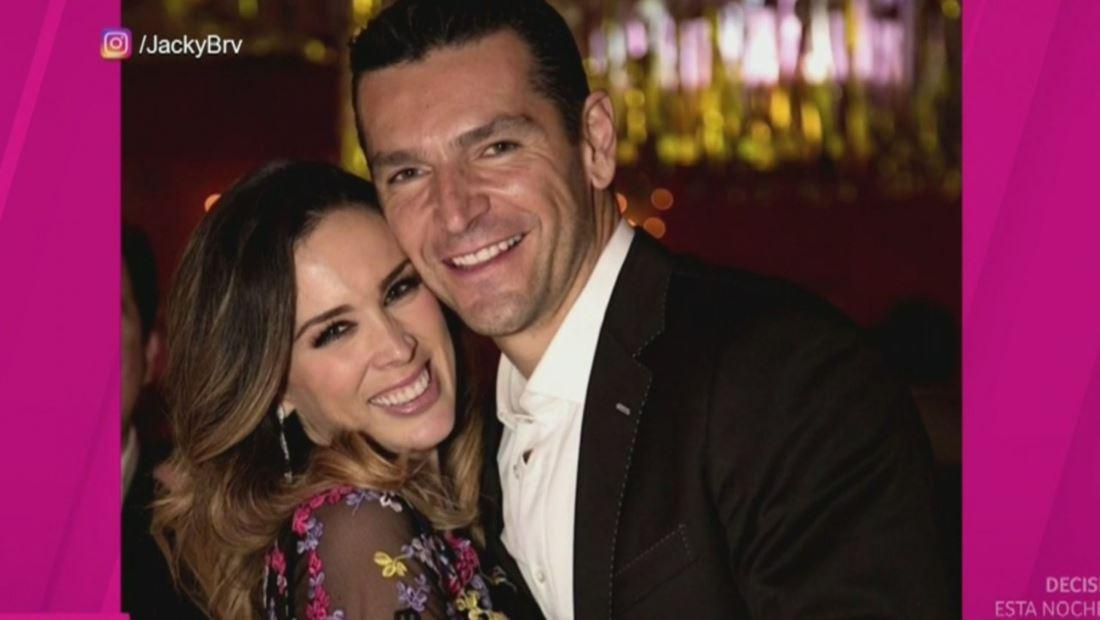 Jacky Bracamontes vuelve a tener 'intimidades' con su esposo