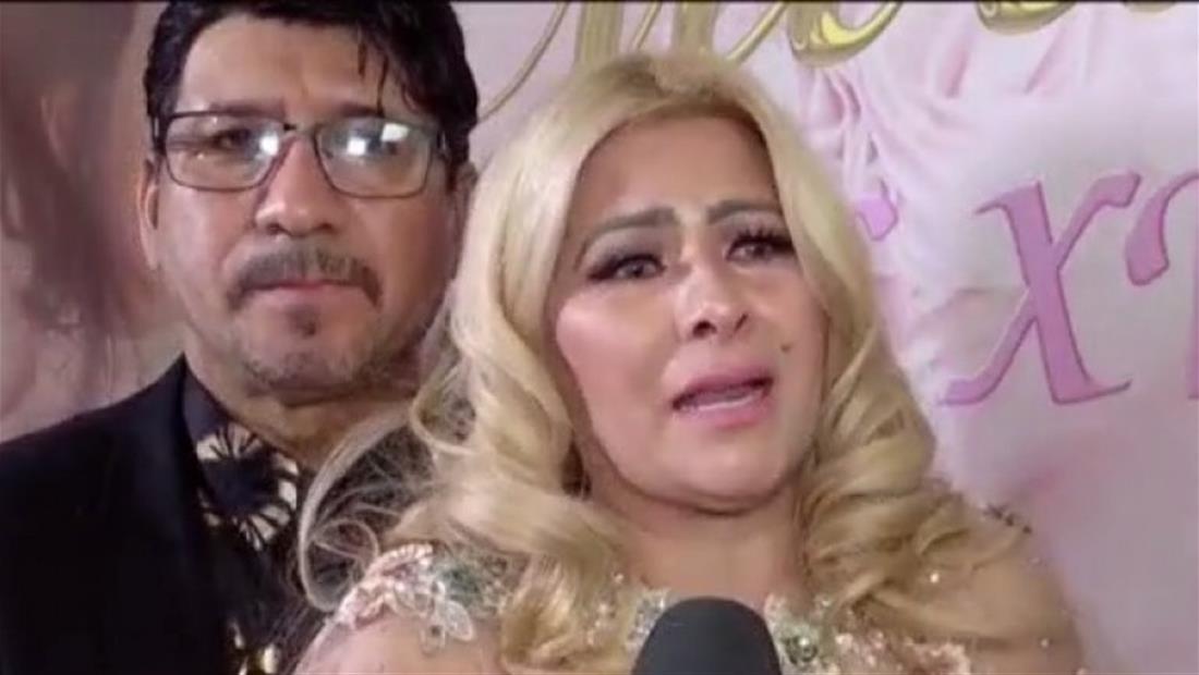 Carmen Jara rompe en llanto en la fiesta de 15 años de su hija (VIDEO)