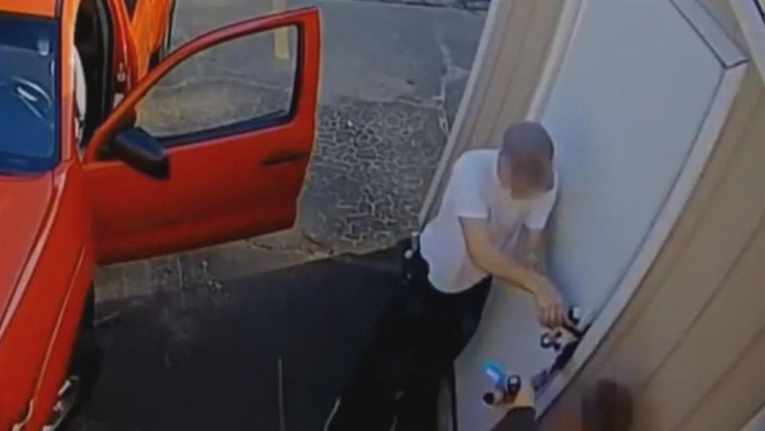 Las cámaras de las puertas están ayudando a capturar criminales