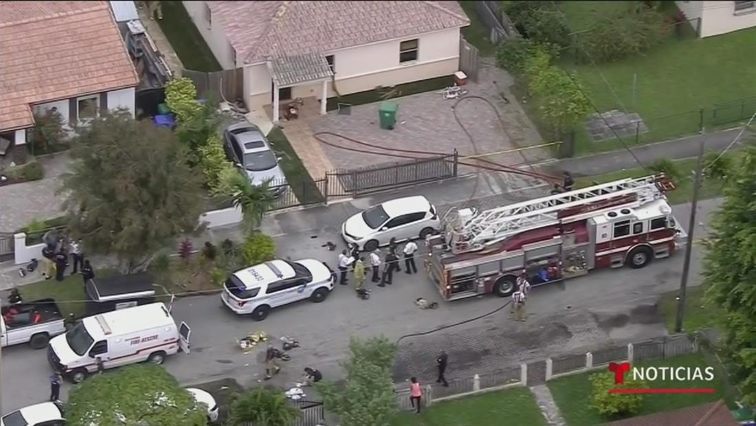 Mueren tres niños tras ser rescatados de una casa en llamas en Miami