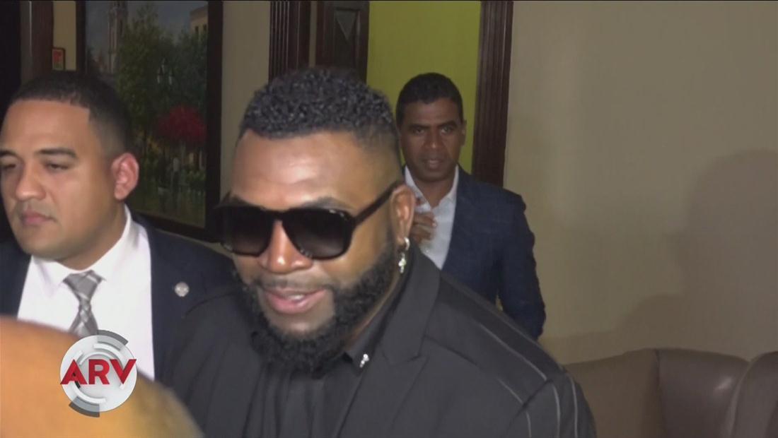 Ex pelotero David Ortiz se reúne con el presidente de República Dominicana