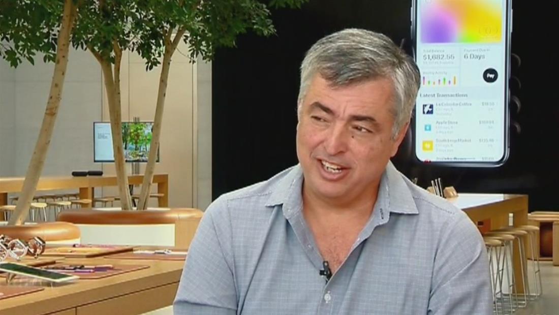 Eddy Cue, una de las cabezas de Apple, es hijo de migrantes cubanos