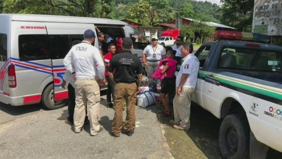 Rescatan a casi 400 inmigrantes en intenso operativo en México