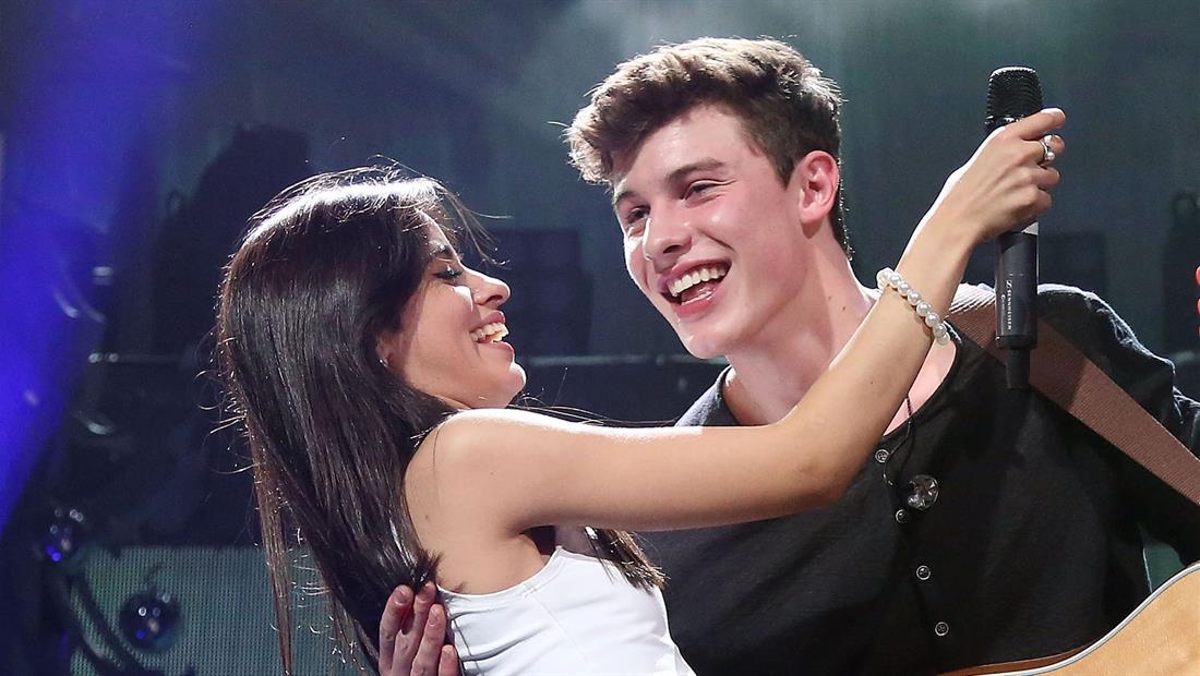 El beso de Camila y Shawn