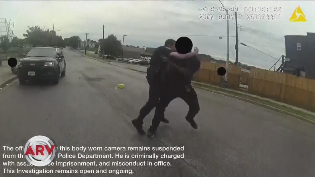 Condenan a 105 años de cárcel a policía abusador de Baltimore