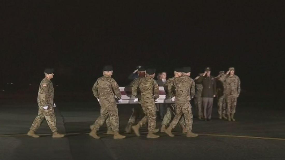 Llega a Estados Unidos el cuerpo del soldado latino asesinado en Afganistán