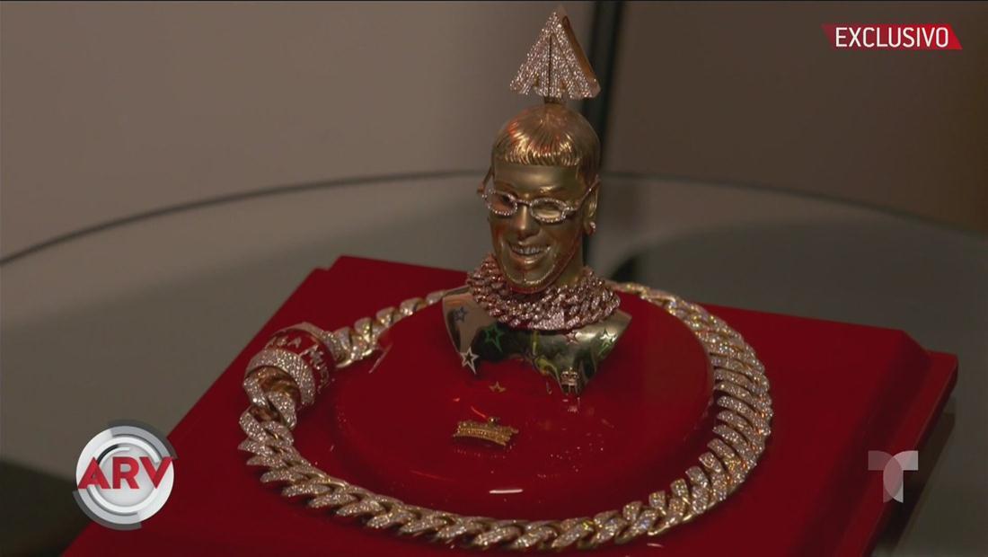 Joyero de Anuel AA confiesa cuántos diamantes tiene su lujosa cadena