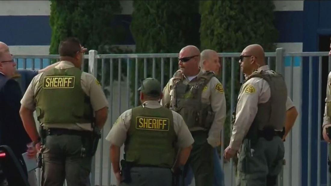 Tiroteo en escuela de Santa Clarita deja a dos muertos y varios heridos