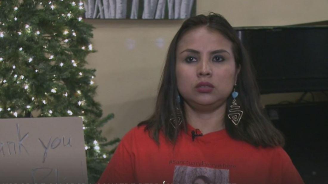 Gobernador de Colorado otorga perdón a inmigrante peruana refugiada en una iglesia