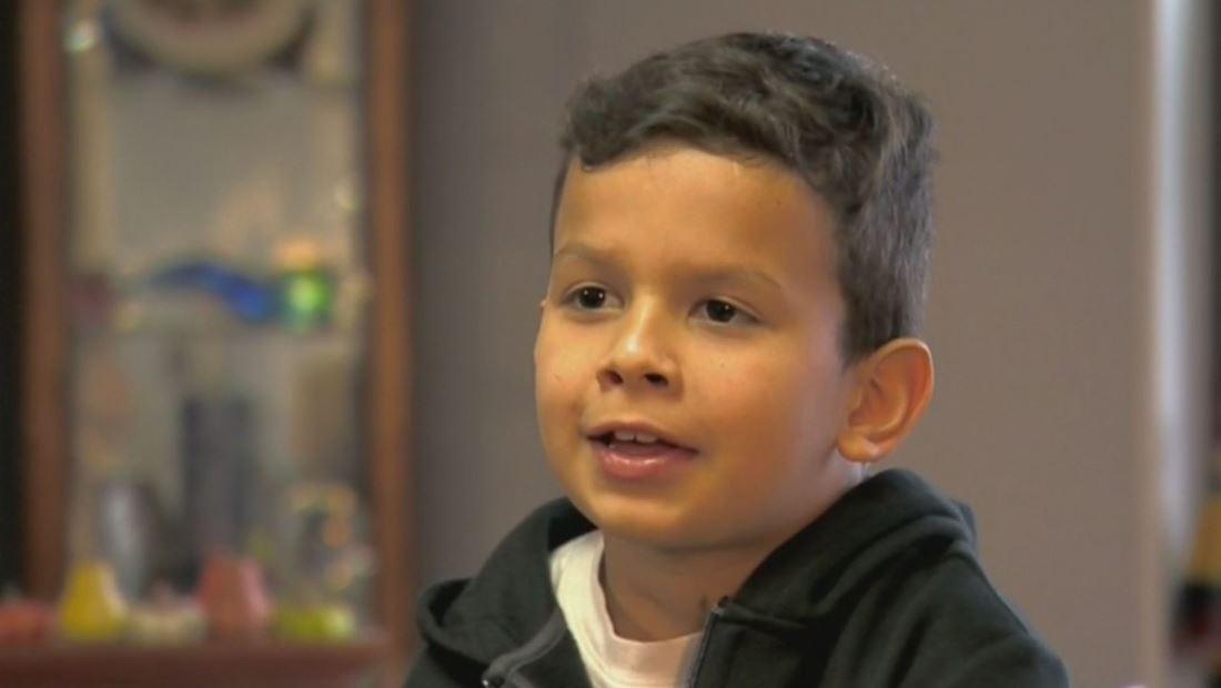 Niño sobreviviente de cáncer cuenta su inspiradora historia en Acción de Gracias