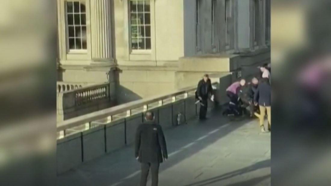Ataque terrorista en el puente de Londres deja varios heridos