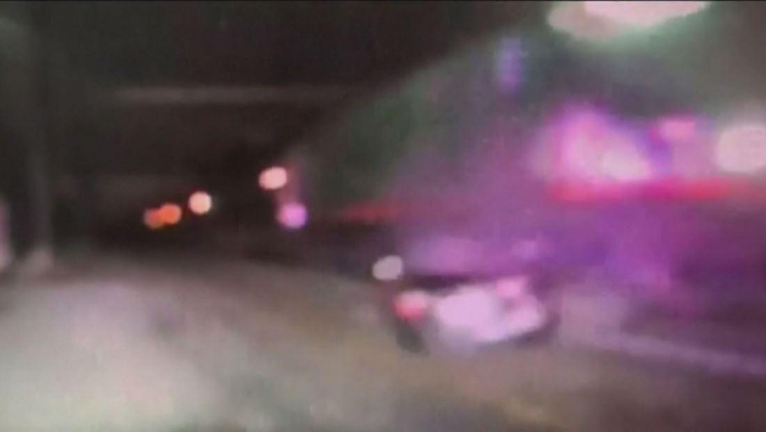 Tren impacta vehículo que se encontraba atravesado sobre los rieles