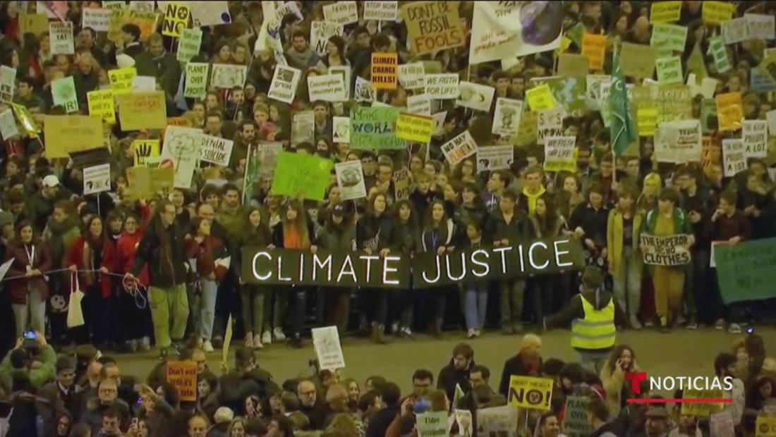 Jóvenes alzan su voz por la emergencia climática en la Cumbre del Clima en Madrid