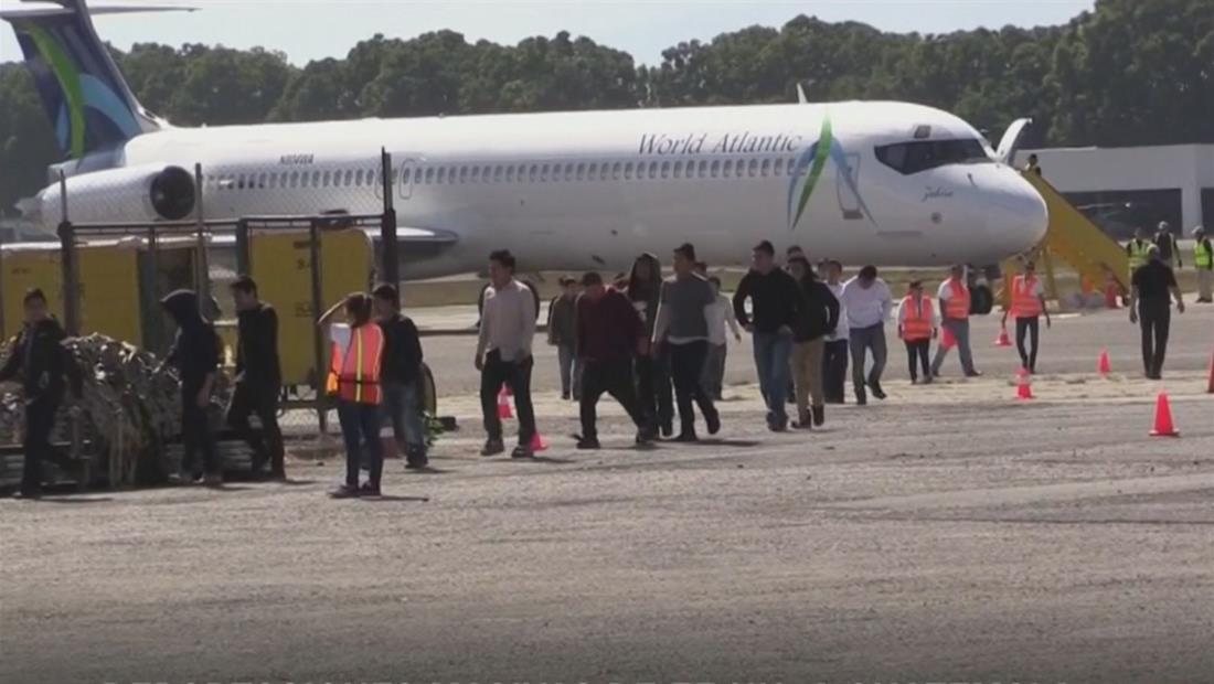 EE.UU. envía tres aviones repletos de inmigrantes deportados a Guatemala