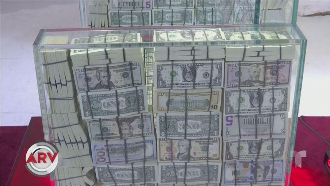 Exhiben un trono hecho con 1 millón de dólares y causa gran sensación