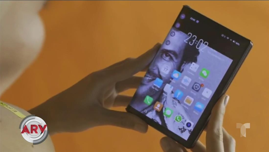 Hermano de Pablo Escobar lanza polémico celular inteligente