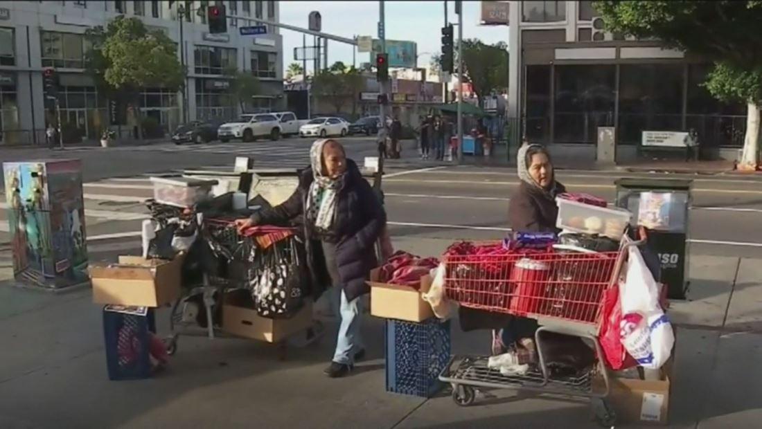 Vendedores ambulantes de Los Ángeles necesitarán un permiso para trabajar si no quieren ser multados
