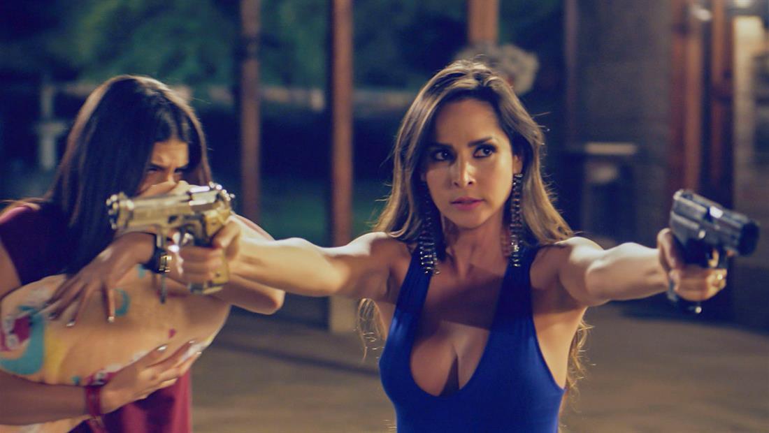 Catalina amenaza a El Titi