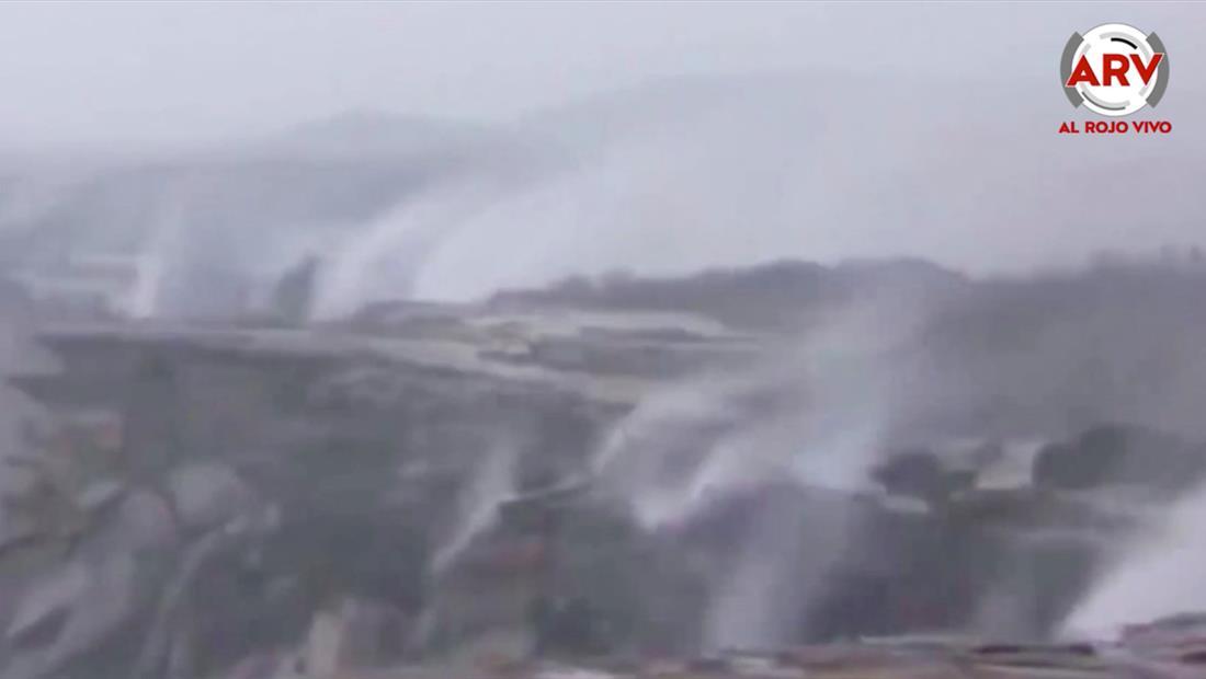 Cataratas invertidas surgen por fuertes vientos en Australia