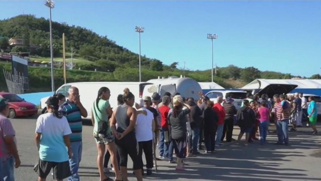 Puertorriqueños se desbordan con ayudas por terremotos en la isla