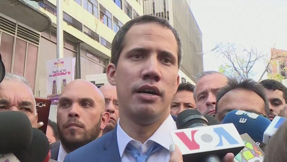 Venezuela amanece con 2 presidentes del parlamento