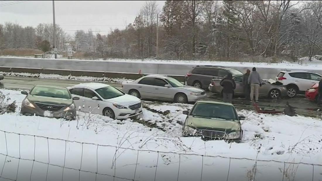 Ola de frío ártico provoca el aparatoso accidente de 85 autos en Ohio