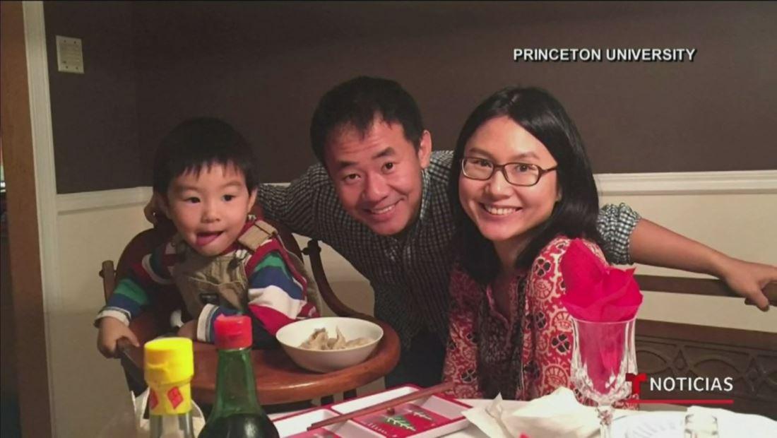 Un prisionero estadounidense, detenido en Irán desde el 2016, al fin llega casa