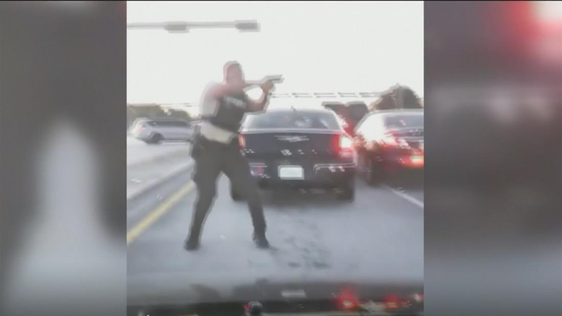 Sigue la investigación en la muerte de los dos civiles en tirotea policial en medio de una autopista en la Florida