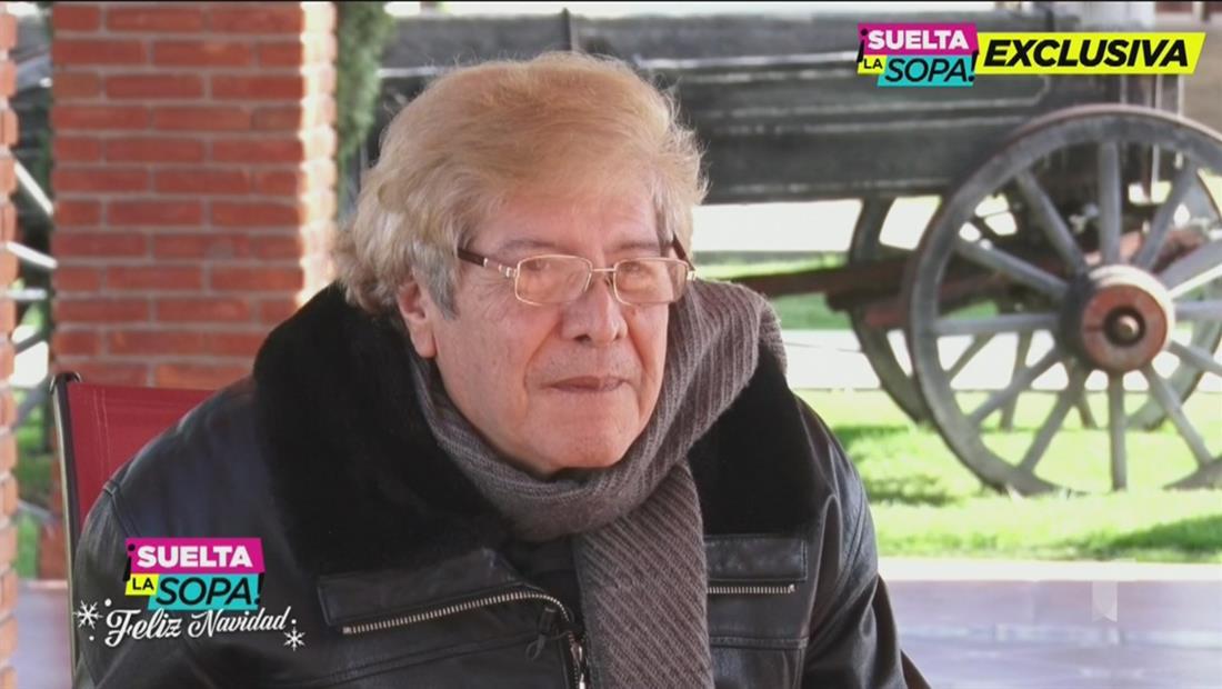 Joaquín Muñoz insiste en que Juan Gabriel está vivo