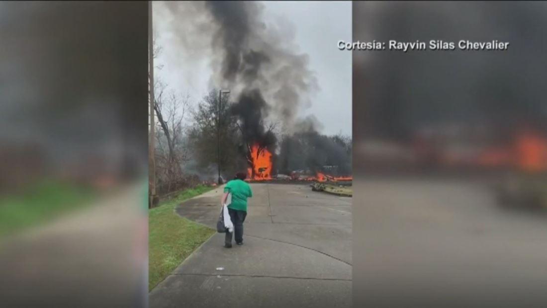 Una avioneta se estrelló en Lafayette y cinco personas murieron