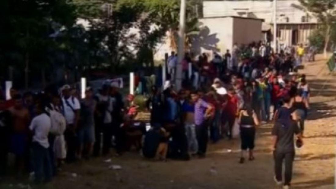 México ha detenido a más de 2,000 inmigrantes de caravana