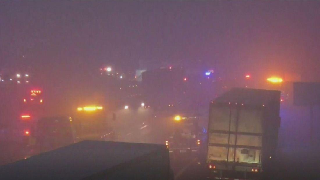 Hielo y neblina causan aparatoso accidente en la interestatal 64 de Virginia dejando al menos 25 heridos