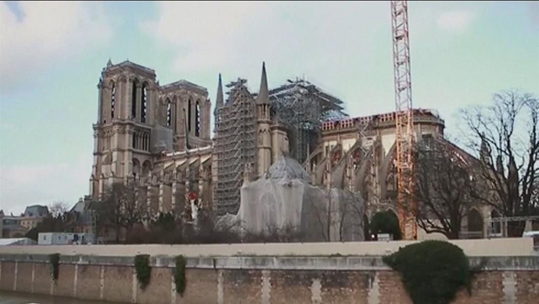 Catedral de Notre Dame no celebró la tradicional misa de Navidad