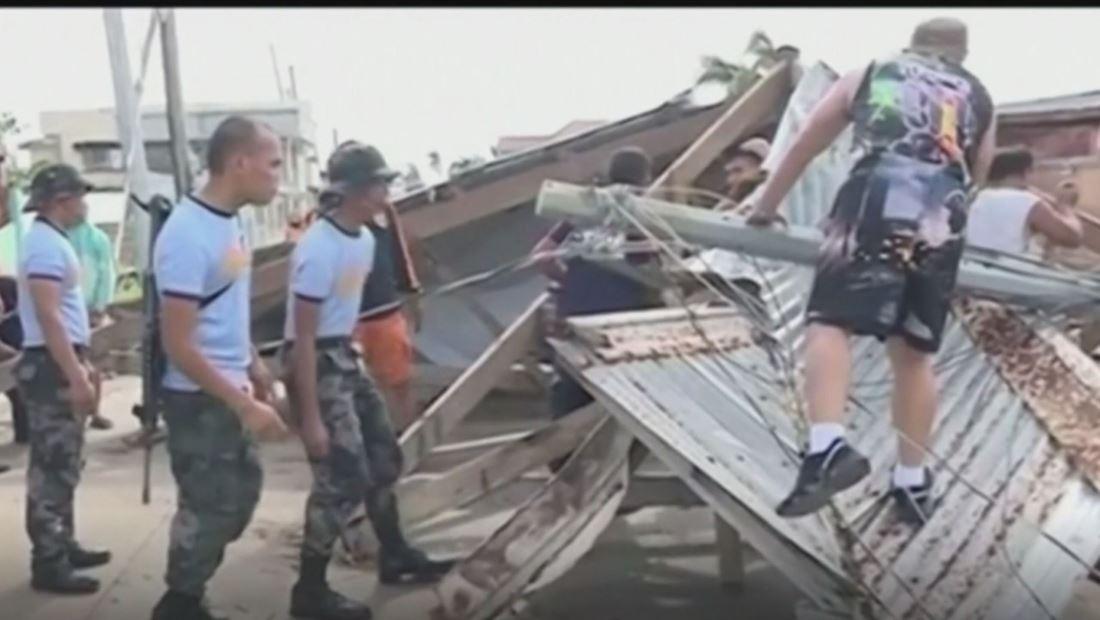 Poderoso tifón deja al menos 16 muertos y decenas de desplazados en Filipinas