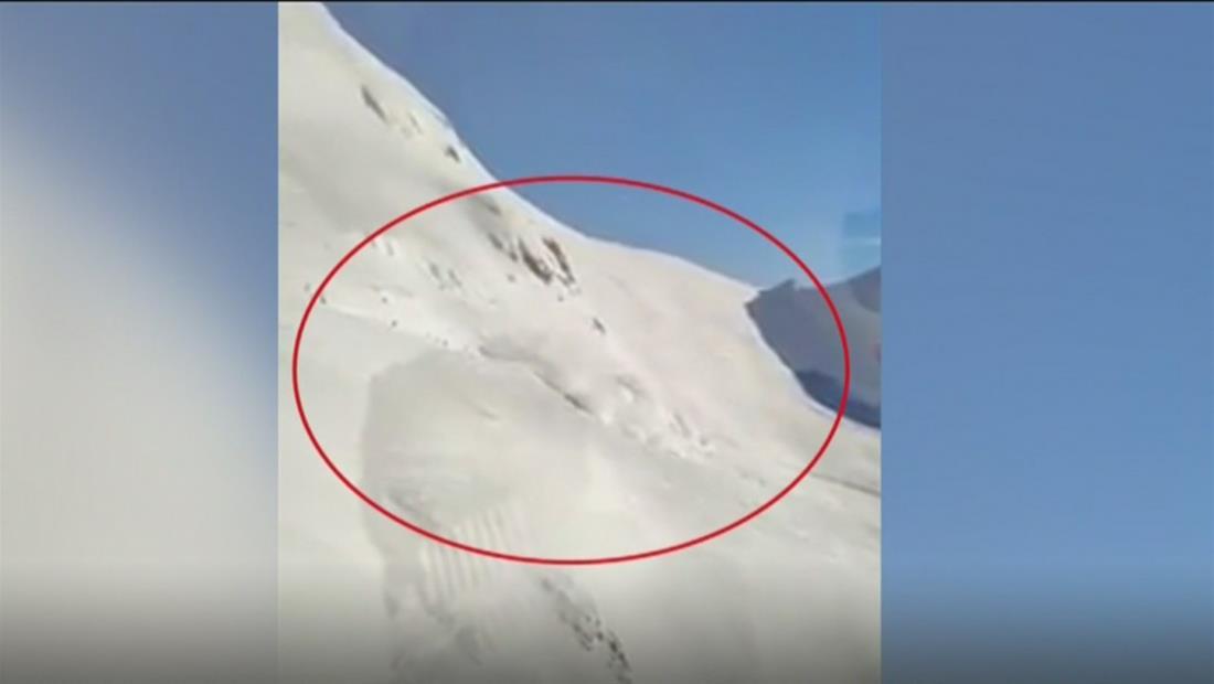 """"""" Avalancha en una pista de esquí en Andermatt, Suiza, por fuerte nevadas"""""""