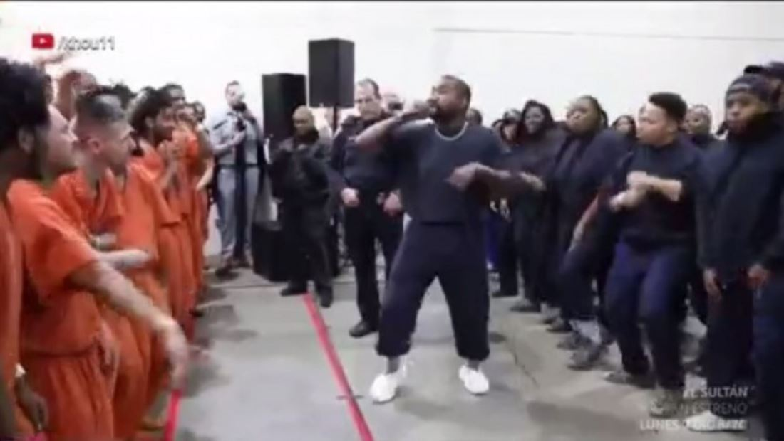 ¿Kanye West llevará su música religiosa a un 'strip club'? (VIDEO)