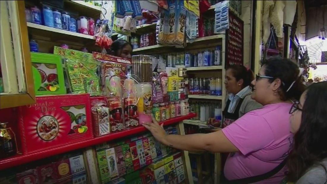 Mercado en Ciudad de México ofrece rituales y amuletos para el año nuevo
