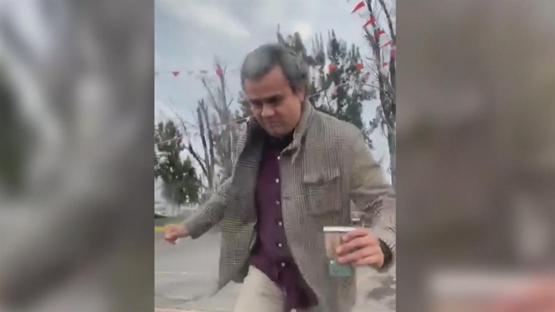 Hombre abusivo agrede a conductora por chocarle su lujoso auto