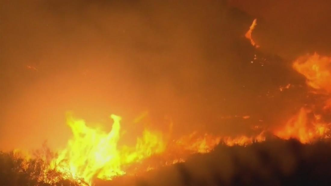 En solo 4 horas un incendio en California consumió a 4 mil acres