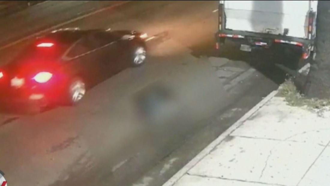 En video: Conductor atropella a peatón y huye de la escena sin ofrecerle asistencia