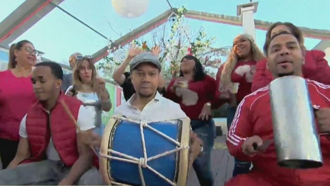 Así celebran la Navidad los boricuas y dominicanos en Nueva York